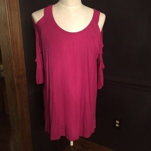 NWT! Beautiful Pink Yea Cold Shoulder Dress Large
